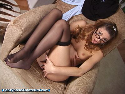Pantyhose Amateurs - Kiki